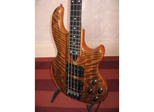 Wal Bass Mk 2 Midi