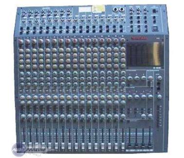 Tascam M-1516