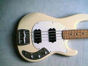 Music Man Sabre II Bass