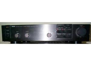 Yamaha C-40