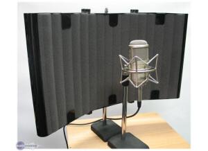 SM Pro Audio Wave Panels Mic Thing