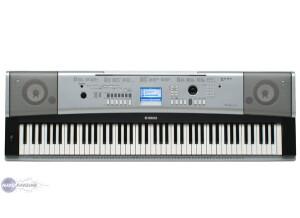 Yamaha DGX-520