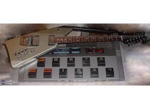 Roland GR-707