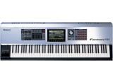 ROLAND FANTOM G8 équipé de ARX-01 DRUMS + ARX-02 ELECTRIC PIANO