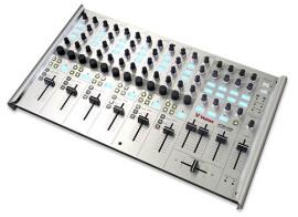 [NAMM] Vestax VCM-600
