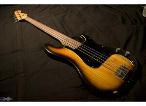 Fender Precision Bass Fretless (1978)