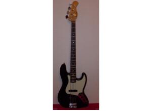 Karlsbad Jazz Bass