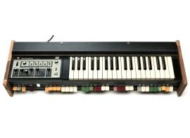 Vends Roland SH-2000