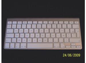 Apple MB167F/A