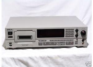 Sony PCM-2600