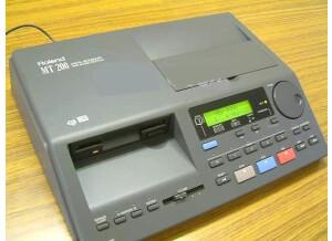 Roland MT-200