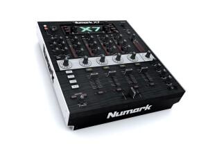 Numark X7